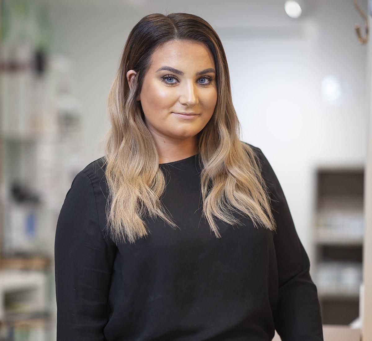 Andréa Karlsson, Frisör/Barberare